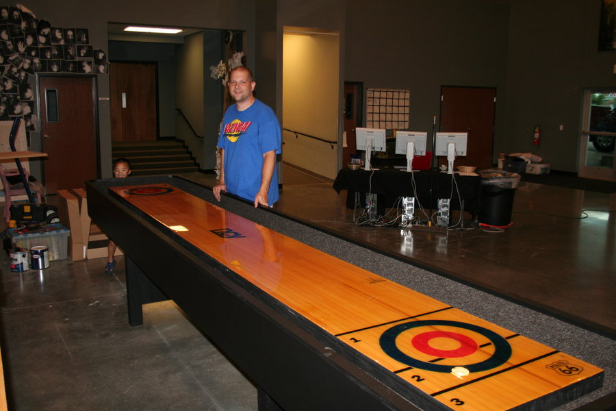 How To Adjust And Maintain An Indoor Shuffleboard Table